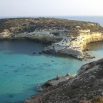 A Lampedusa tra piccole baie segrete e grotte da scoprire